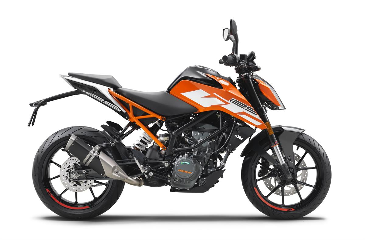 KTM 125 DUKE MY2017_90 right