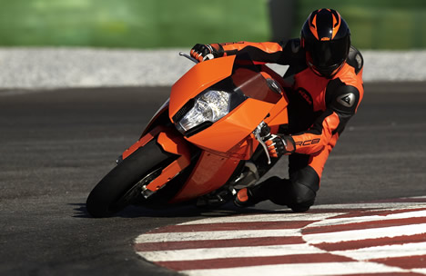 ktm1190rc8_action_curb.jpg