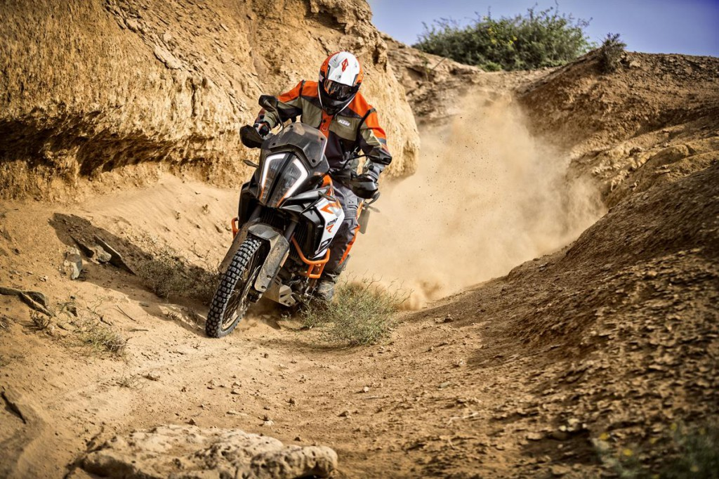 KTM 1290 SUPER ADVENTURE R_Action