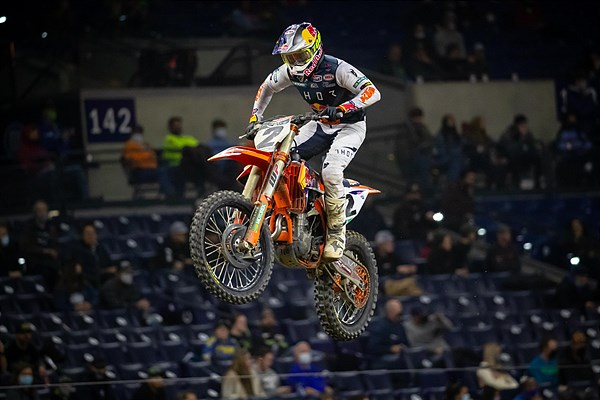 WEBB CHARGES TO A FOURTH-PLACE FINISH IN INDY